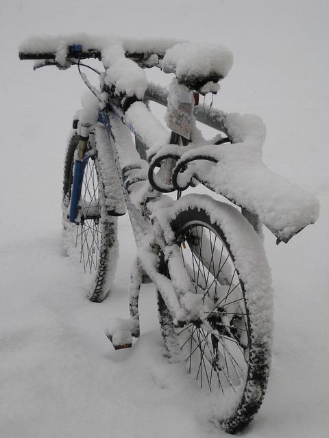 velo sous la neige